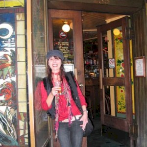 outside vesuvio's, san fransico 2006
